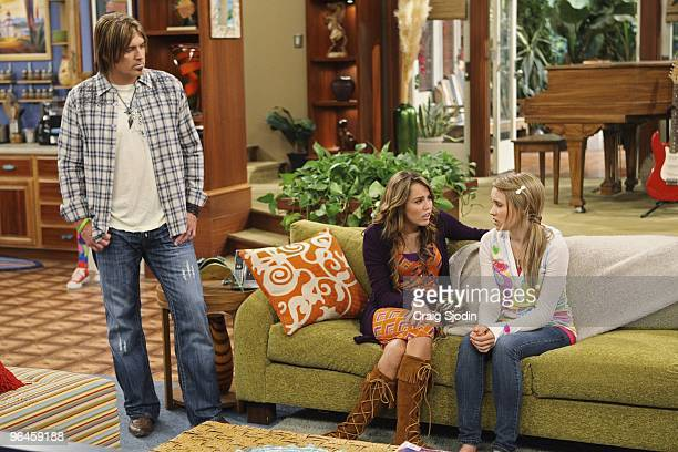 MONTANA 'The Wheel Near My Bed ' When Lilly's mom accepts a job in Atlanta Robby invites Lilly to move into the Stewart home But after Lilly...