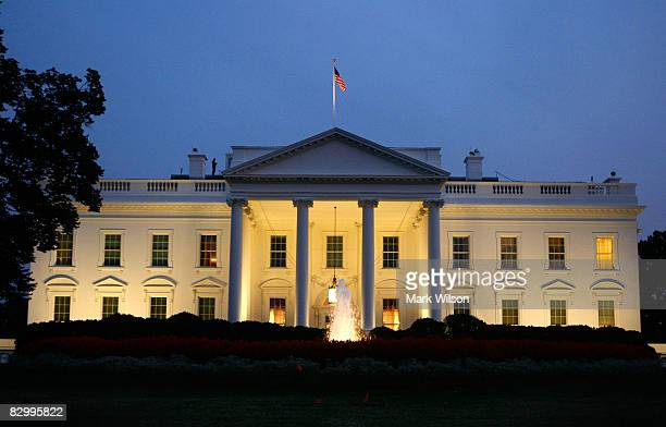 The White House is seen in the early evening September 24 2008 in Washington DC Later tonight President George W Bush will address the nation on live...