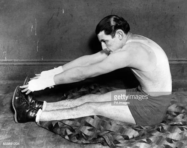 The 'Whitechapel Whirlwind' Jack 'Kid' Berg whilst training in a New York Gym