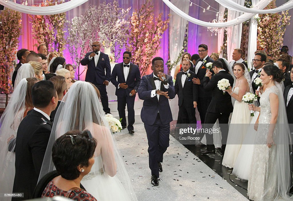 AMERICA - The Wide World of Weddings continues with a group wedding featuring 16 couples live in Times Square and a live performance by Boys II Men on 'Good Morning America,' 4/29/16, airing on the ABC Television Network. BOYZ
