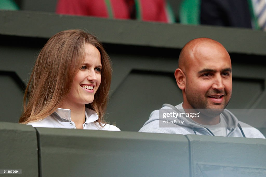 The wife of Andy Murray, Kim Sears and the physio of Andy Murray Shane Annun watch on from centre court as Andy Murray of Great Britain faces Yen-Hsun Lu of Taipei on day four of the Wimbledon Lawn Tennis Championships at the All England Lawn Tennis and Croquet Club on June 30, 2016 in London, England.