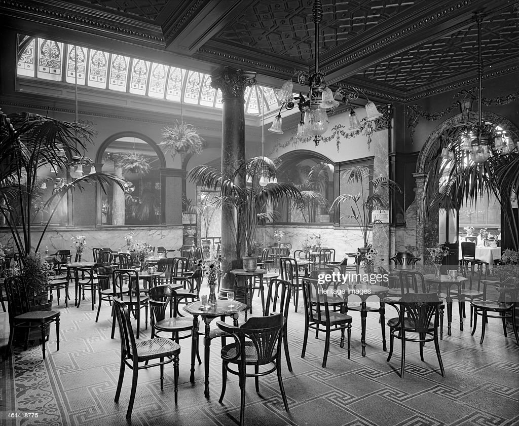 The Winter Garden In The Monico Restaurant In Shaftesbury Avenue Pictures Getty Images
