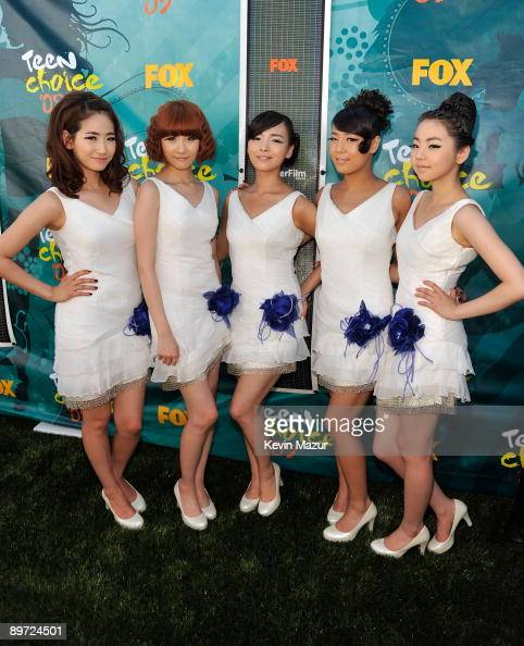 The 'Wonder Girls' arrive at the Teen Choice Awards 2009 held at the Gibson Amphitheatre on August 9 2009 in Universal City California
