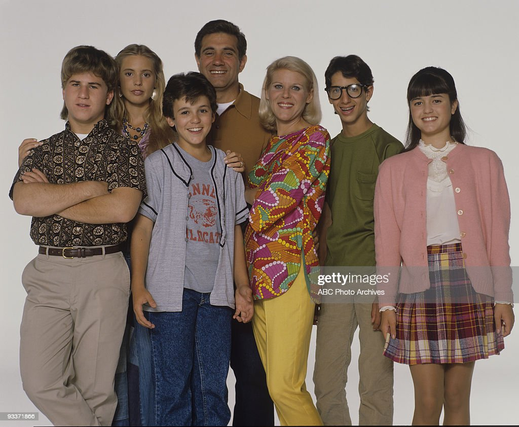 The Wonder Years - 'Gallery' 8/90 Jason Hervey, <a gi-track='captionPersonalityLinkClicked' href=/galleries/search?phrase=Olivia+d%27Abo&family=editorial&specificpeople=704531 ng-click='$event.stopPropagation()'>Olivia d'Abo</a>, <a gi-track='captionPersonalityLinkClicked' href=/galleries/search?phrase=Fred+Savage&family=editorial&specificpeople=615410 ng-click='$event.stopPropagation()'>Fred Savage</a>, Dan Lauria, <a gi-track='captionPersonalityLinkClicked' href=/galleries/search?phrase=Alley+Mills&family=editorial&specificpeople=665148 ng-click='$event.stopPropagation()'>Alley Mills</a>, Josh Saviano, <a gi-track='captionPersonalityLinkClicked' href=/galleries/search?phrase=Danica+McKellar&family=editorial&specificpeople=220769 ng-click='$event.stopPropagation()'>Danica McKellar</a>