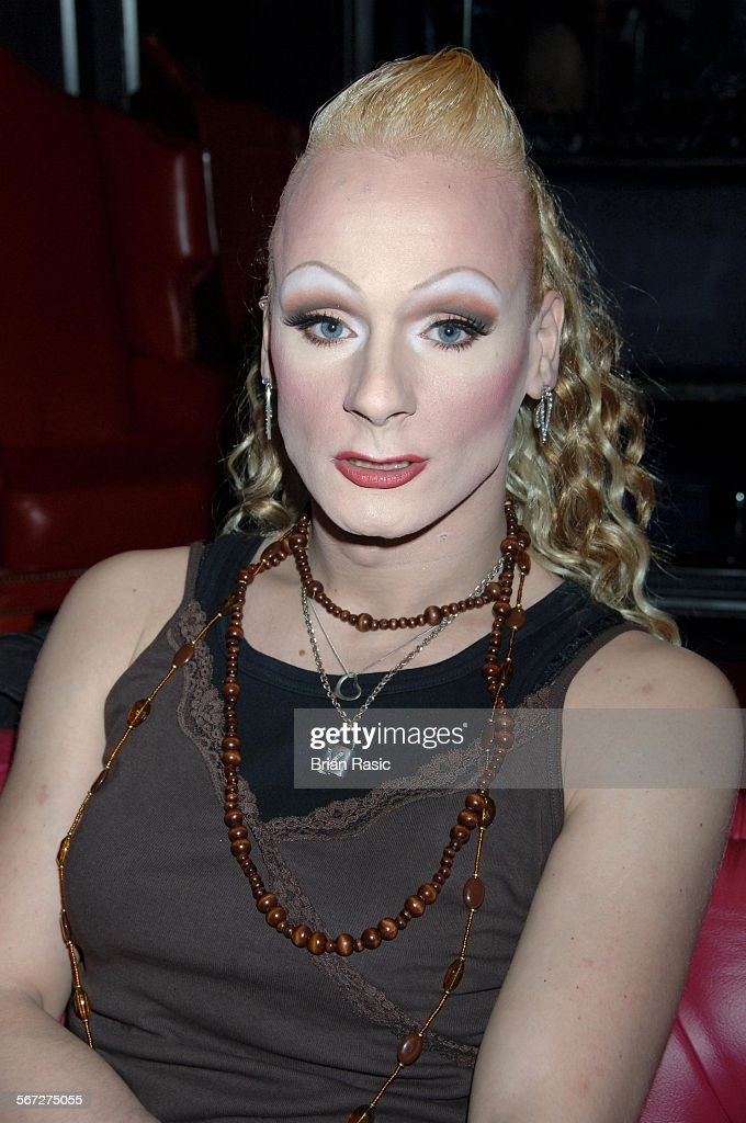 Transvestite bars wellington
