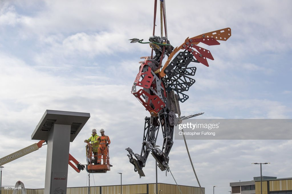 World's Biggest Meccano Liver Bird Takes To The Sky In Liverpool