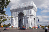 Arc De Triomphe Wrapped In Fabric For Christo And...