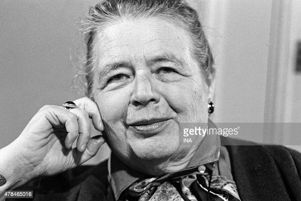 The writer Marguerite Yourcenar interviewed in the program ''Library of Pocket''