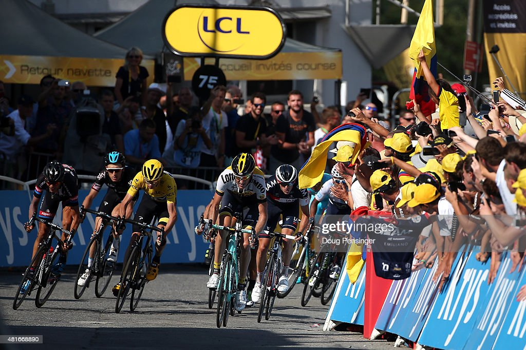 The yellow jersey group sprints toward the finish including <a gi-track='captionPersonalityLinkClicked' href=/galleries/search?phrase=Warren+Barguil&family=editorial&specificpeople=11347510 ng-click='$event.stopPropagation()'>Warren Barguil</a> of France riding for Giant-Alpecin, <a gi-track='captionPersonalityLinkClicked' href=/galleries/search?phrase=Geraint+Thomas&family=editorial&specificpeople=804304 ng-click='$event.stopPropagation()'>Geraint Thomas</a> of Great Britain riding for Team Sky, <a gi-track='captionPersonalityLinkClicked' href=/galleries/search?phrase=Chris+Froome&family=editorial&specificpeople=5428054 ng-click='$event.stopPropagation()'>Chris Froome</a> of Great Britain riding for Team Sky in the overall race leader yellow jersey, <a gi-track='captionPersonalityLinkClicked' href=/galleries/search?phrase=Robert+Gesink&family=editorial&specificpeople=863459 ng-click='$event.stopPropagation()'>Robert Gesink</a> of the Netherlands riding for Team LottoNL-Jumbo, <a gi-track='captionPersonalityLinkClicked' href=/galleries/search?phrase=Mathias+Frank&family=editorial&specificpeople=4820404 ng-click='$event.stopPropagation()'>Mathias Frank</a> of Switzerland riding for IAM Cycling and <a gi-track='captionPersonalityLinkClicked' href=/galleries/search?phrase=Nairo+Quintana&family=editorial&specificpeople=8831308 ng-click='$event.stopPropagation()'>Nairo Quintana</a> of Columbia riding for Movistar Team in the best young rider white jersey during stage 18 of the 2015 Tour de France from Gap to Saint-Jean-de-Maurienne, on July 23, 2015 in Saint-Jean-de-Maurienne, France.