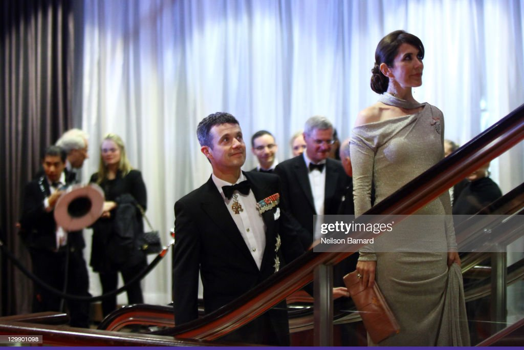 Their Royal Highnesses Crown Princess Mary of Denmark (R) and Crown Prince Frederik of Denmark attend the American Scandinavian Foundation's Centennial Ball at The Hilton Hotel on October 21, 2011 in New York City.