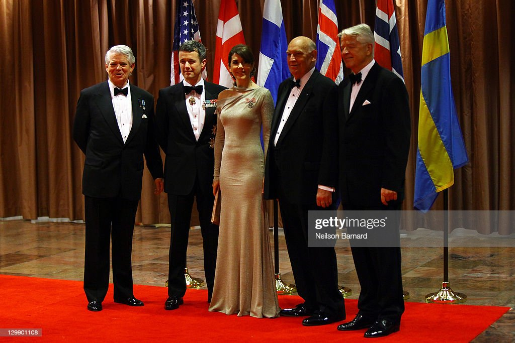 Their Royal Highnesses Crown Princess Mary of Denmark and Crown Prince Frederik of Denmark (C) attend the American Scandinavian Foundation's Centennial Ball at The Hilton Hotel on October 21, 2011 in New York City.