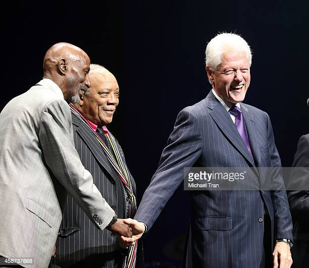 Thelonious Monk Quincy Jones and Bill Clinton onstage during The Thelonius Monk Jazz Trumpet Competition and All Star Gala concert held at Dolby...