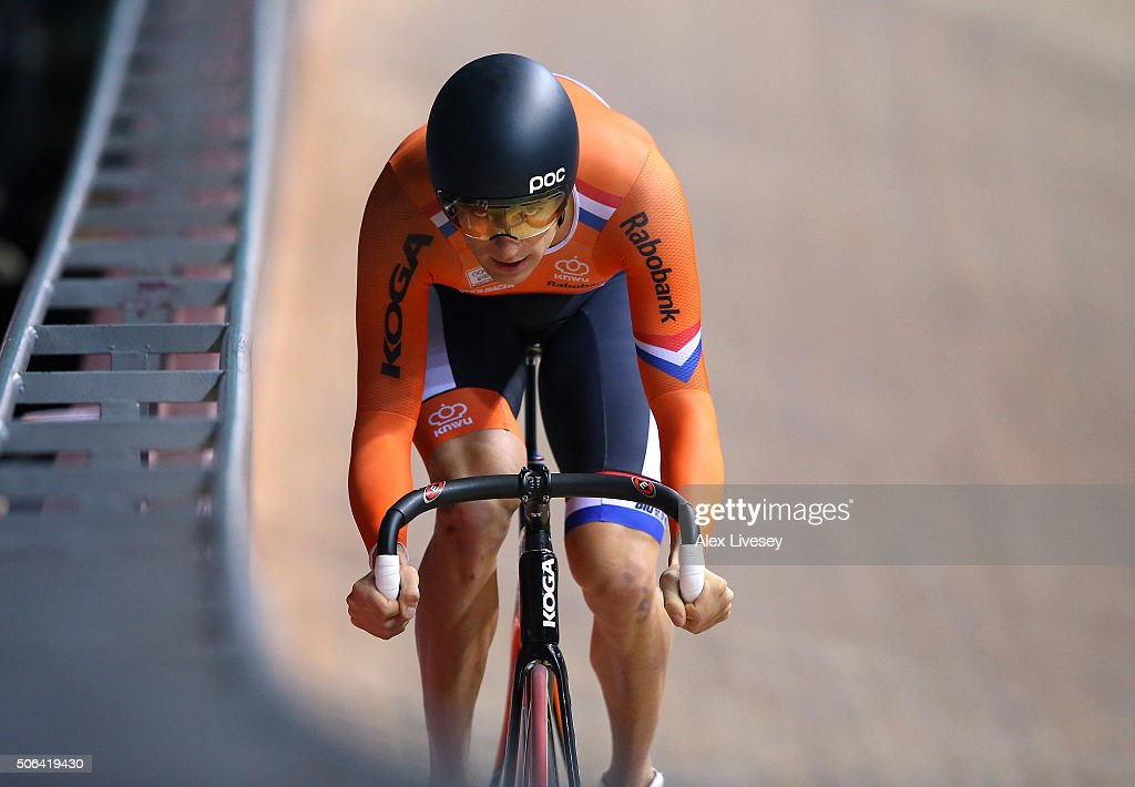 <a gi-track='captionPersonalityLinkClicked' href=/galleries/search?phrase=Theo+Bos+-+Cyclist&family=editorial&specificpeople=15369892 ng-click='$event.stopPropagation()'>Theo Bos</a> of Netherlands competes in the UCI Sprint Qualification during Round 6 of the Revolution Series at National Cycling Centre on January 23, 2016 in Manchester, England.