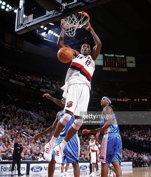 Nuggets Vs Trail Blazers: Theo Ratliff Stock Photos And Pictures