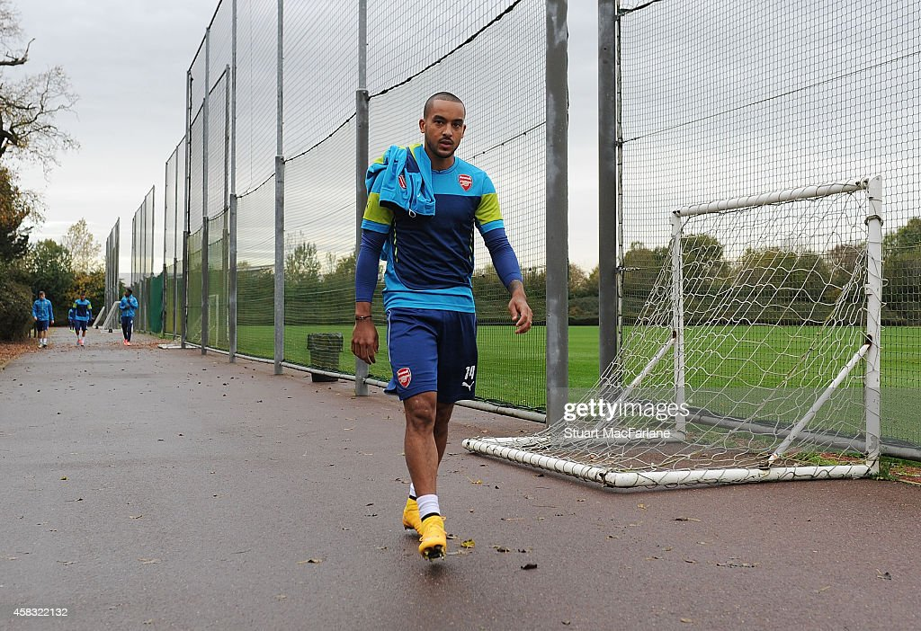 Theo Walcott of Arsenal before a training session at London Colney on November 3, 2014 in St Albans, England. Photo by Stuart MacFarlane/Arsenal FC via Getty Images)
