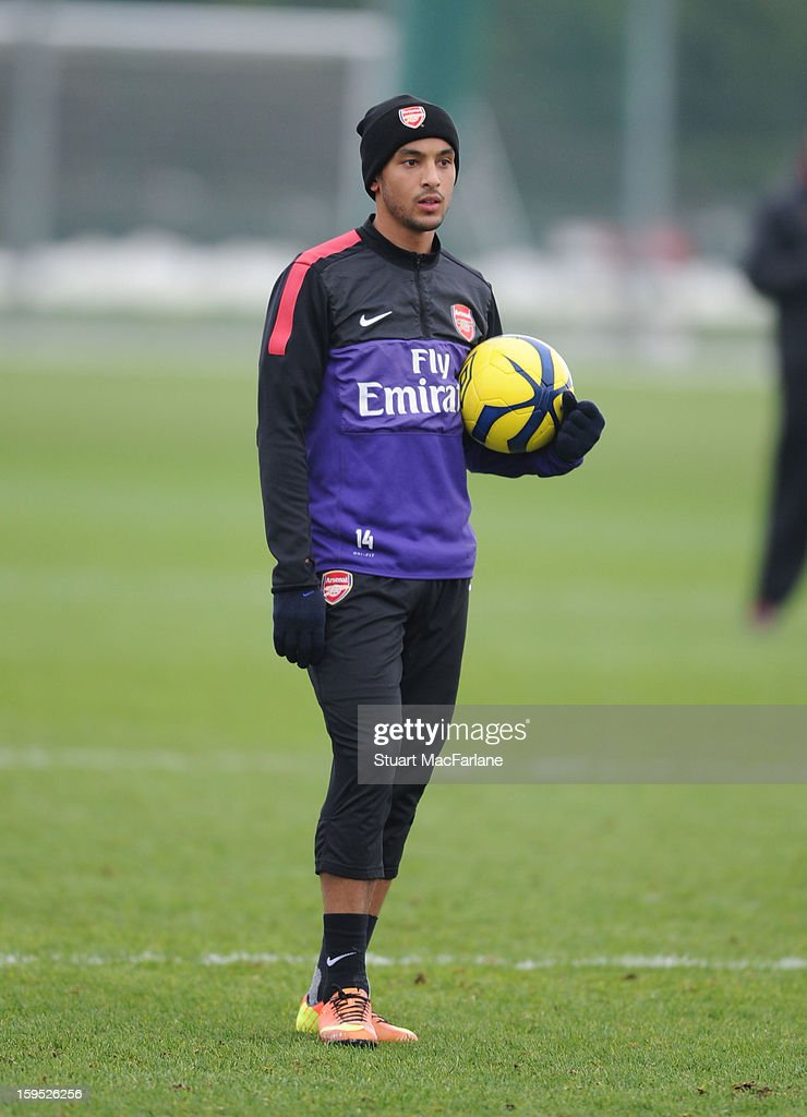 <a gi-track='captionPersonalityLinkClicked' href=/galleries/search?phrase=Theo+Walcott&family=editorial&specificpeople=451535 ng-click='$event.stopPropagation()'>Theo Walcott</a> of Arsenal during a training session at London Colney on January 15, 2013 in St Albans, England.