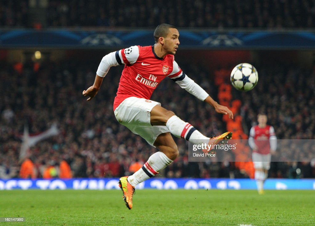 <a gi-track='captionPersonalityLinkClicked' href=/galleries/search?phrase=Theo+Walcott&family=editorial&specificpeople=451535 ng-click='$event.stopPropagation()'>Theo Walcott</a> of Arsenal during the UEFA Champions League Round of 16 first leg match between Arsenal FC and Bayern Muenchen at Emirates Stadium on February 19, 2013 in London, England.