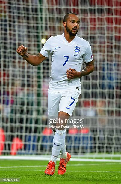 Theo Walcott of England celebrates Englands opening goal during the UEFA EURO 2016 Group E Qualifier match between England and Estonia at Wembley...
