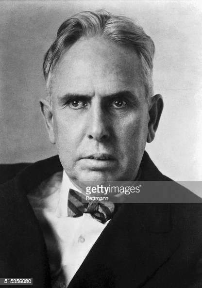 american novelist and journalist theodore dreiser Theodore herman albert dreiser (/ ˈ d r aɪ s ər, - z ər / august 27, 1871 – december 28, 1945) was an american novelist and journalist of the naturalist school.