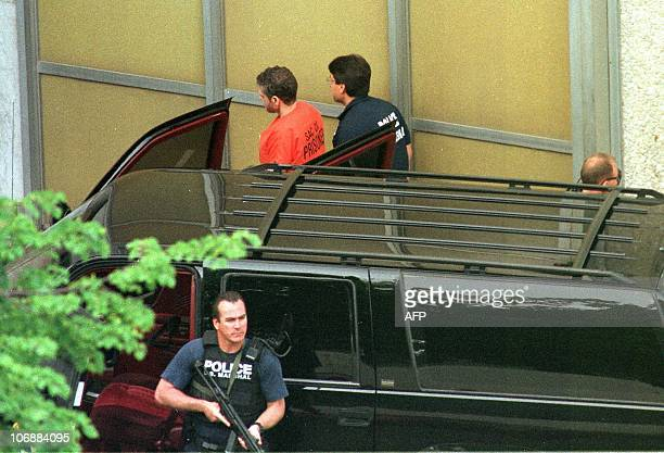 Theodore Kaczynski the convicted killer known as the Unabomber is escorted by US Marshals into the Sacramento County Federal Cour for sentencing 04...