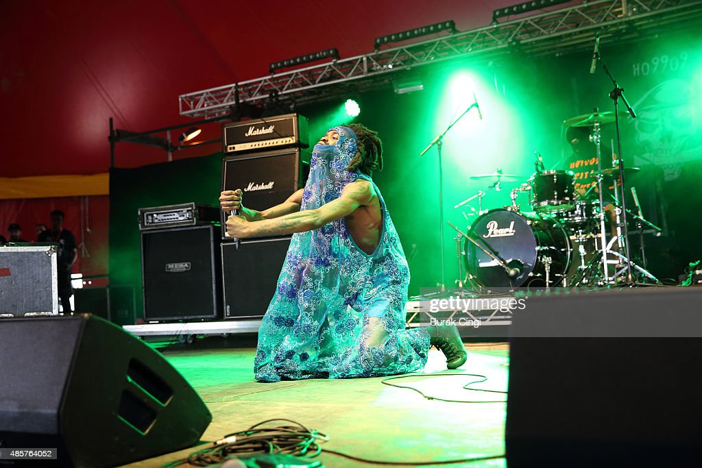 theOGM of Ho99o9 performs on day 2 of Reading Festival at Richfield Avenue on August 29, 2015 in Reading, England.