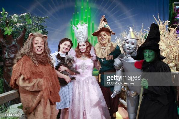 There's no place like THE TALK for Halloween as the show gives a tribute to 'The Wizard of Oz' in a special themed episode with guests Paula Dean and...