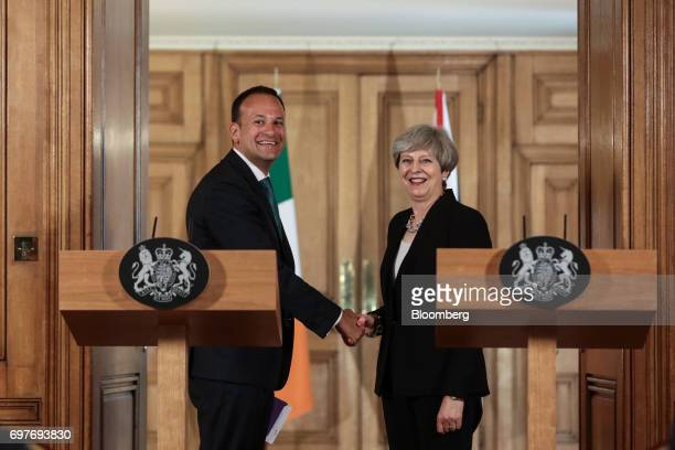 Theresa May UK prime minister right and Leo Varadkar Ireland's prime minister shake hands following a joint news conference inside number 10 Downing...