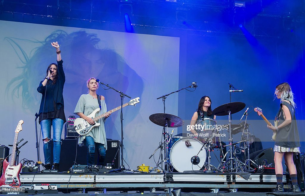 Theresa Wayman Jenny Lee Lindberg Stella Mozgawa and Emily Kokal from Warpaint perform at Rock en Seine Festival at Domaine national de Saint Cloud...
