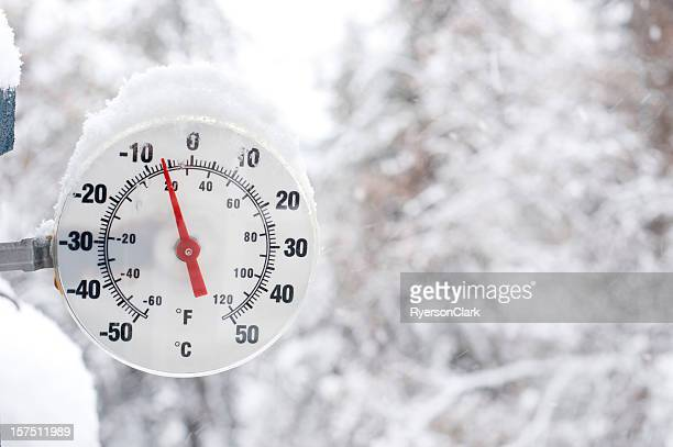 Thermometer nahe Yellowknife im Winter
