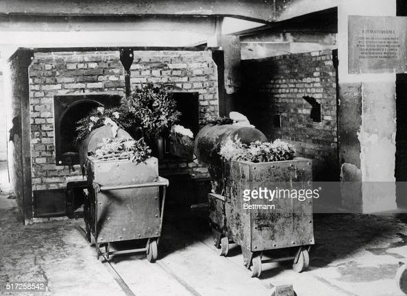 Interior view of crematory at concentration camp pictures for Camp du struthof chambre a gaz