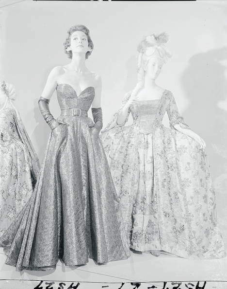 Gold and black metallic evening gown built over a pellon and black silk taffeta by James Galanos, 1954