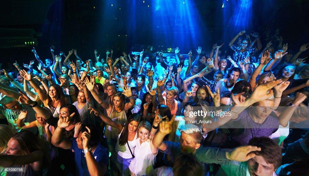 Les fans de rock autant que le groupe : Photo