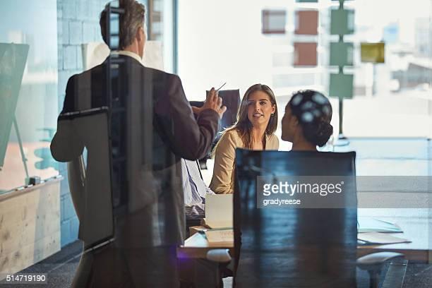 をシェアして、1 週間でのミーティング
