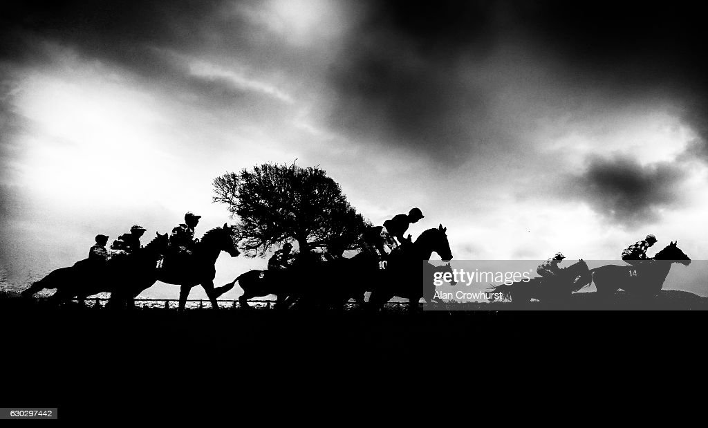 They're off at Taunton Racecourse on December 20, 2016 in Taunton, England.