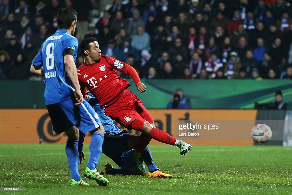Thiago Alcantara of Bayern Muenchen scores his side's second goal during the DFB Cup quarter final match between VfL Bochum and Bayern Muenchen at Rewirpower Stadium on February 10, 2016 in Bochum, Germany.