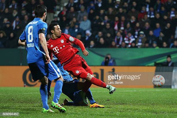 Thiago Alcantara of Bayern Muenchen scores his side's second goal during the DFB Cup quarter final match between VfL Bochum and Bayern Muenchen at...