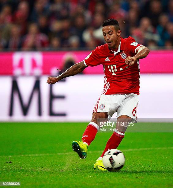 Thiago Alcantara of Bayern Munich scores a goal during the Bundesliga match between Bayern Muenchen and Hertha BSC at Allianz Arena on September 21...