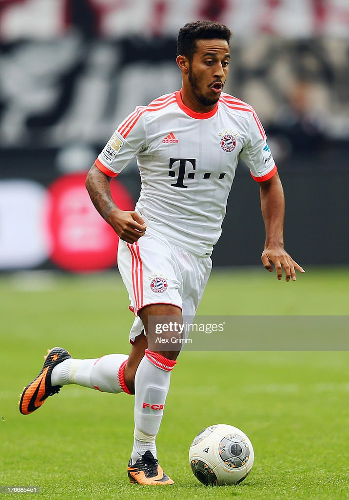Thiago Alcantara of Muenchen controles the ball during the Bundesliga match between Eintracht Frankfurt and FC Bayern Muenchen at Commerzbank Arena on August 17, 2013 in Frankfurt am Main, Germany.