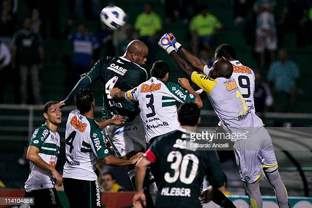 Thiago Heleno Palmeiras in action during a match against Coritiba as part of Brazil Cup 2011 at Pacaembu stadium on May 11 in Sao Paulo Brazil