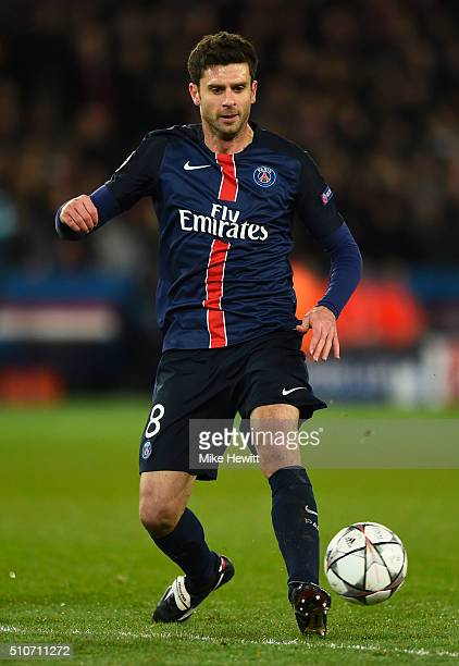 Thiago Motta of Paris SaintGermain in action during the UEFA Champions League round of 16 first leg match between Paris SaintGermain and Chelsea at...