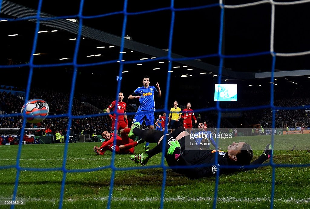 Thiago of Muenchen scores his teams second goal during the DFB Cup Quarter Final match between VfL Bochum and Bayern Muenchen at Rewirpower Stadium on February 10, 2016 in Bochum, Germany.