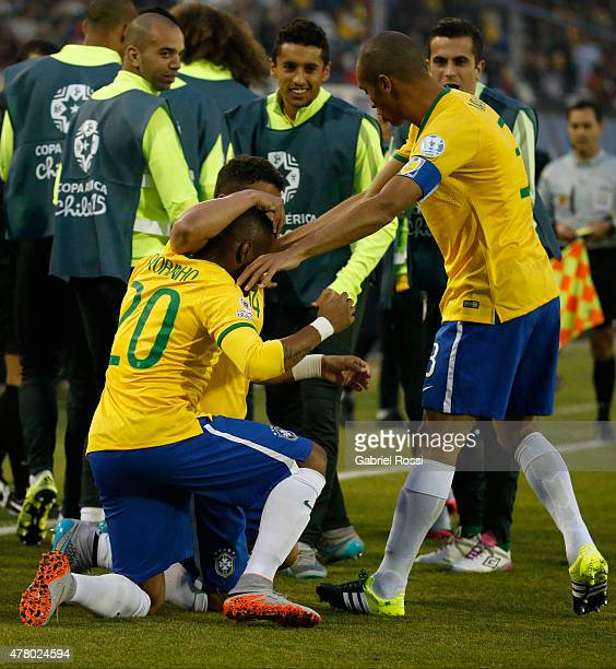 Thiago Silva of Brazil celebrates with teammates after scoring the opening goal during the 2015 Copa America Chile Group C match between Brazil and...