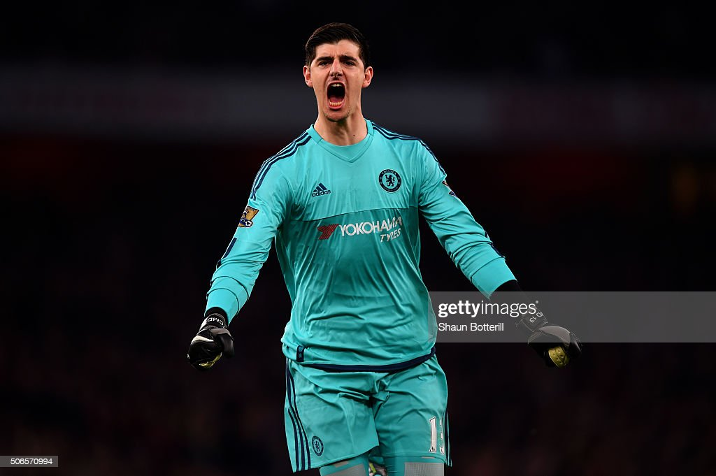 <a gi-track='captionPersonalityLinkClicked' href=/galleries/search?phrase=Thibaut+Courtois&family=editorial&specificpeople=7126410 ng-click='$event.stopPropagation()'>Thibaut Courtois</a> of Chelsea celebrates after team-mate Diego Costa of Chelsea scored the opening goal during the Barclays Premier League match between Arsenal and Chelsea at Emirates Stadium on January 24, 2016 in London, England.