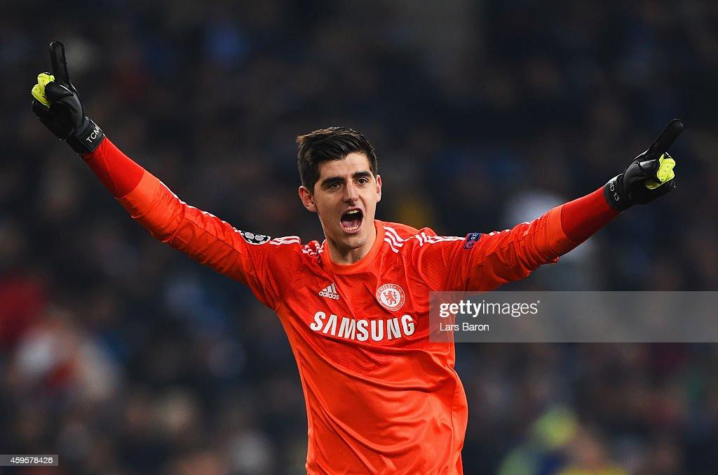 FC Schalke 04 v Chelsea FC - UEFA Champions League