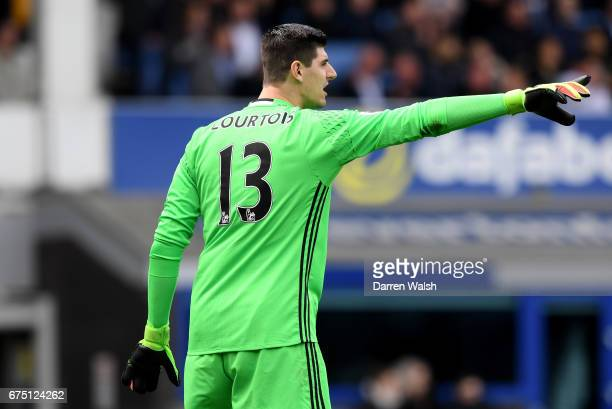Thibaut Courtois of Chelsea gives his team instructions during the Premier League match between Everton and Chelsea at Goodison Park on April 30 2017...