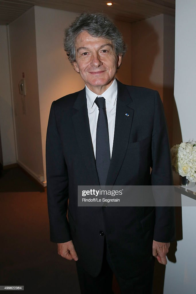 <a gi-track='captionPersonalityLinkClicked' href=/galleries/search?phrase=Thierry+Breton&family=editorial&specificpeople=536439 ng-click='$event.stopPropagation()'>Thierry Breton</a> attend the 'Volez, Voguez, Voyagez - Louis Vuitton' Exhibition Opening at Le Grand Palais on December 3, 2015 in Paris, France.