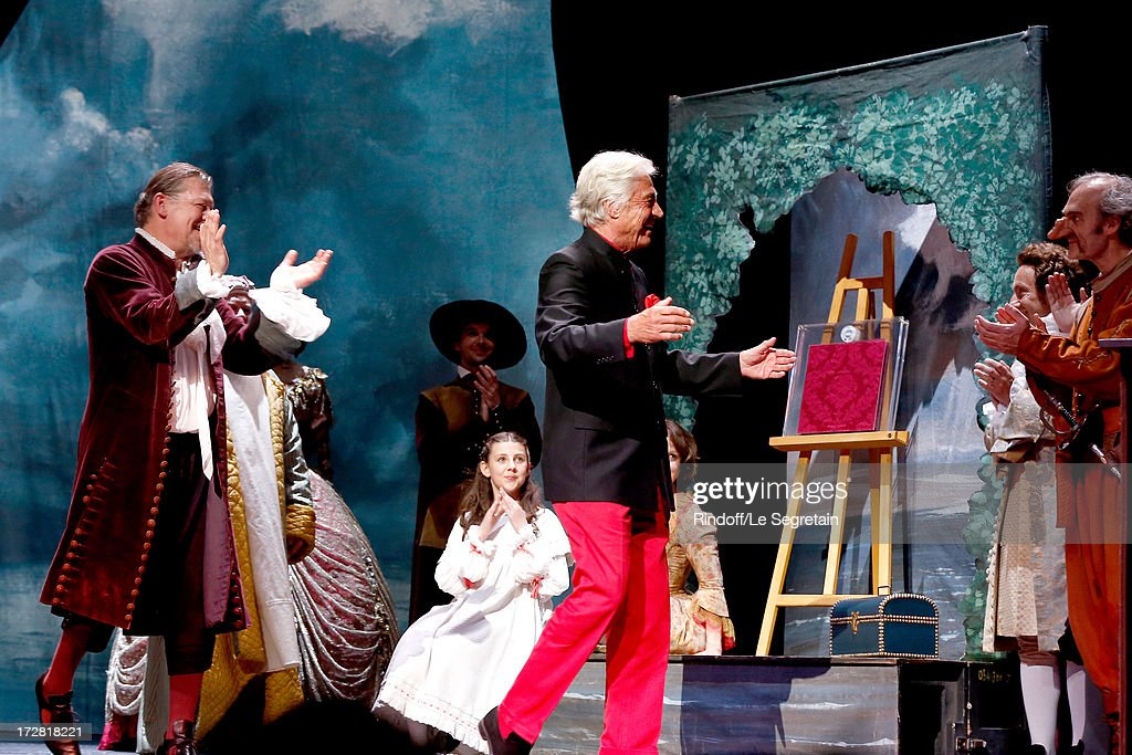 Le Grand Bal De La Comedie Francaise 2013 - Inside