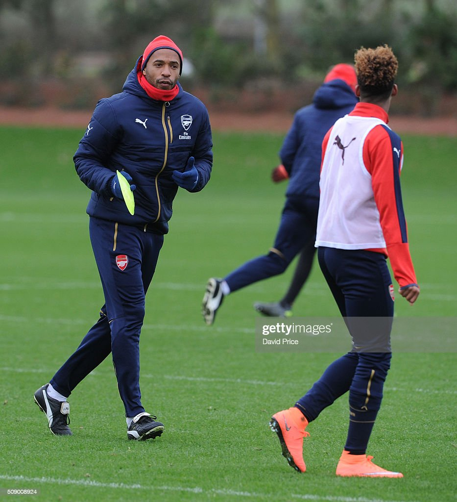 <a gi-track='captionPersonalityLinkClicked' href=/galleries/search?phrase=Thierry+Henry&family=editorial&specificpeople=167275 ng-click='$event.stopPropagation()'>Thierry Henry</a>, ex Arsenal player, coaches the U19 team during their training session at London Colney on February 8, 2016 in St Albans, England.