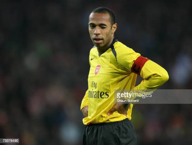Thierry Henry of Arsenal looks dejected during the UEFA Champions League Round of 16 first leg between PSV Eindhoven and Arsenal at the Philips...