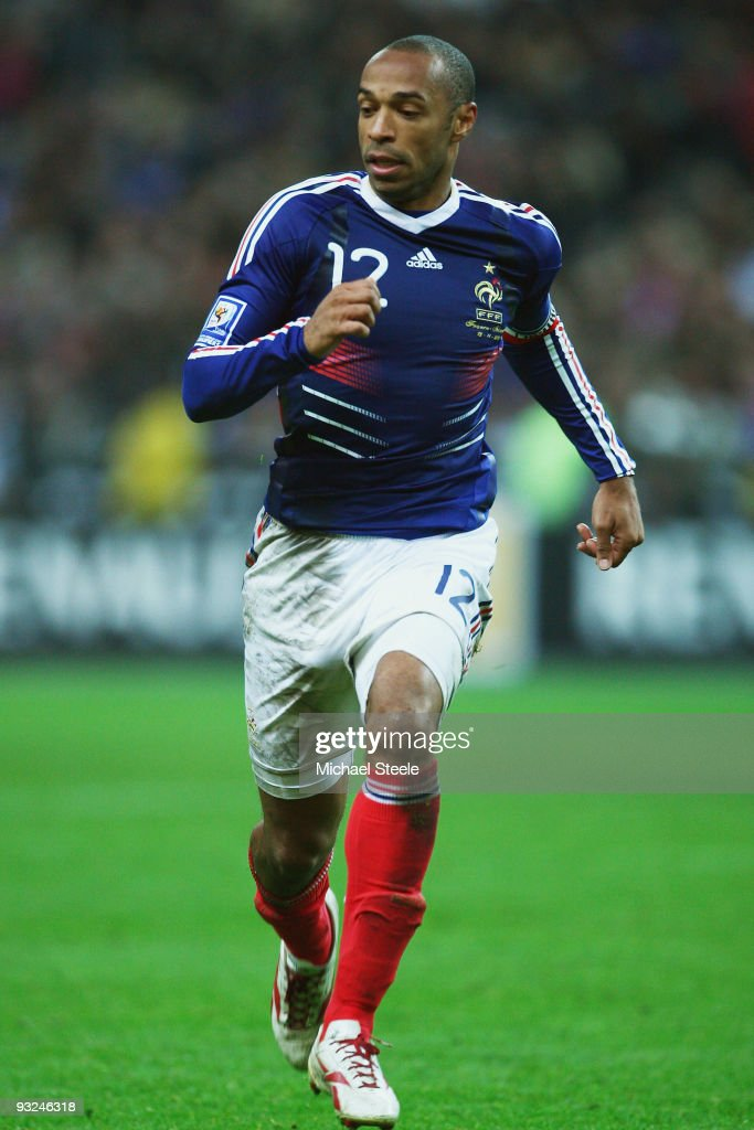 <a gi-track='captionPersonalityLinkClicked' href=/galleries/search?phrase=Thierry+Henry&family=editorial&specificpeople=167275 ng-click='$event.stopPropagation()'>Thierry Henry</a> of France during the France v Republic of Ireland FIFA 2010 World Cup Qualifying Play Off second leg match at the Stade de France on November 18, 2009 in Paris, France.